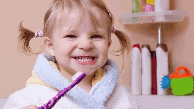 Hassas Diş ve Diş Etleri İçin Diş Fırçası Seçerken Bunlara Dikkat!