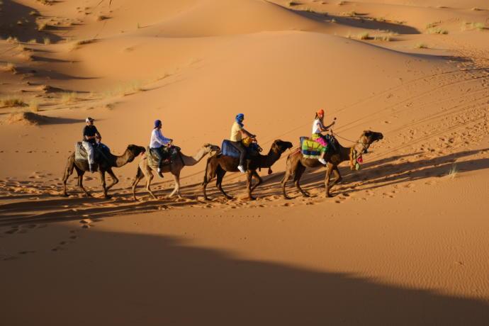Sahra çölünde yolculuk