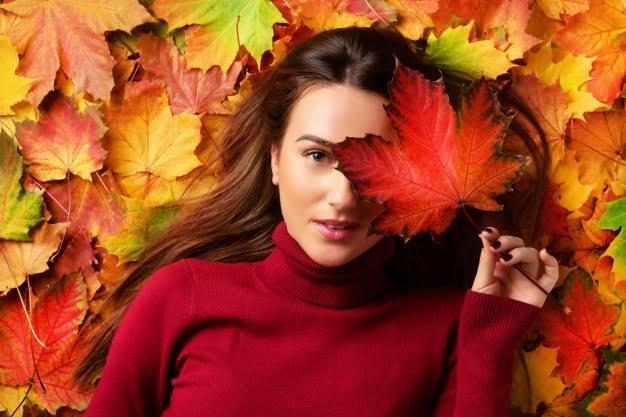 Kadınlar İçin Sonbaharın İkonu Olan Aksesuarlar