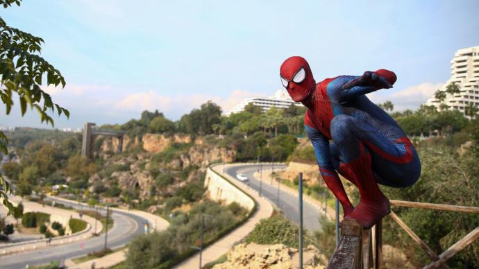 Antalyada Yerli Spiderman