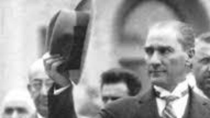 Atatürkü sevmeme nedenleriniz