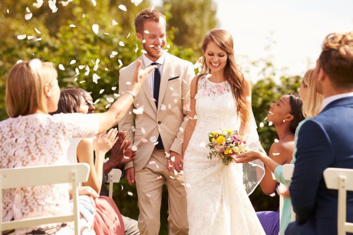 Evliliğe Giden Yolda Sizi Hangi Adımlar Bekliyor?