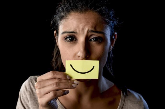 Sosyal Medyada Yaratılan Sahte Mutluluk Hiç Bu Kadar Net Görüntülenmemişti (Video Haber)