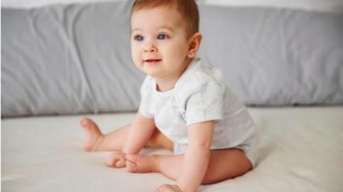 Bebekler Ne Zaman Oturur? Gelin Beraber Öğrenelim!