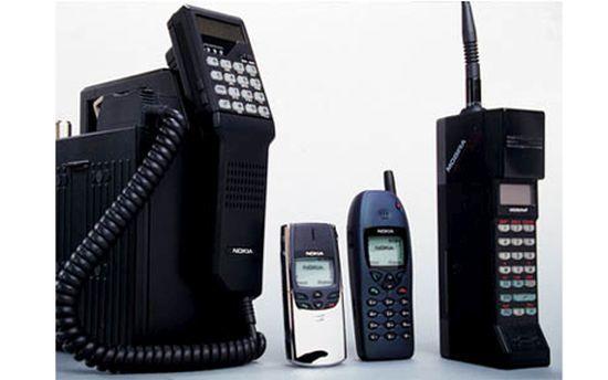 Elde taşınabilen Mobil telefonun geçtiği aşamalar