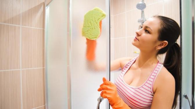 Duşakabin Nasıl Temizlenir? Doğal Malzemelerle Duşakabin Temizliği