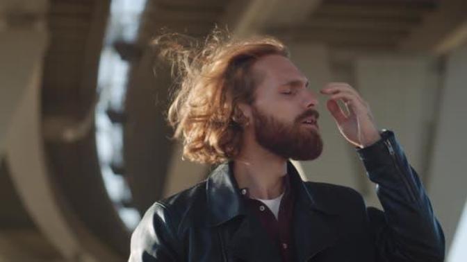 Saç Kremi Erkeklerde Nasıl Kullanılır, Yan Etkileri Nelerdir?