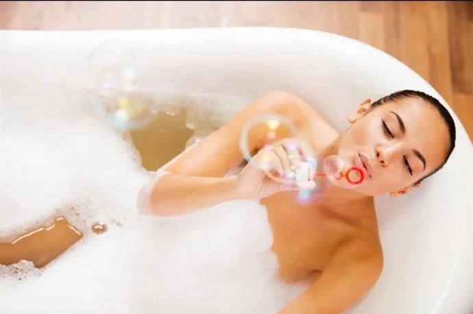 Dikkat Kokusu Mest Edecek: Banyo Keyfinizi İkiye Katlayacak Ürünler Burada!