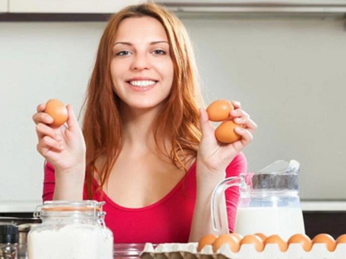 Sağlıklı Saçlar İçin Tüketilmesi Gereken Besinler!