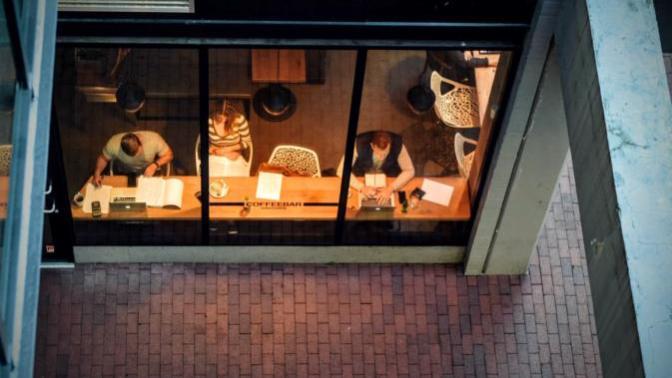 İstanbul'da Kafa Dinleyip, Ders Çalışabileceğiniz Kafeler Merceğim Altında