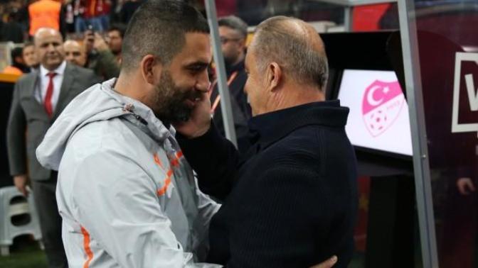 Fatih Terim: Arda Turan'ın Transferi Konusunda Yönetimle Aynı Fikirde Değiliz