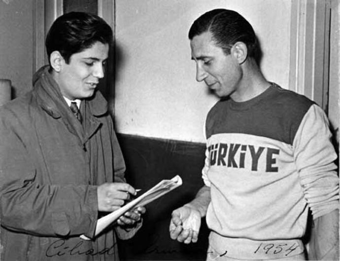 Fenerbahçenin Sarı Kanaryalar Simgesini Almasını Sağlayan Uçan Kaleci: Cihat Arman!