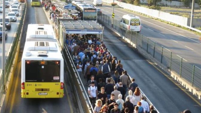 İstanbul'da Toplu Ulaşıma Zam Geldi