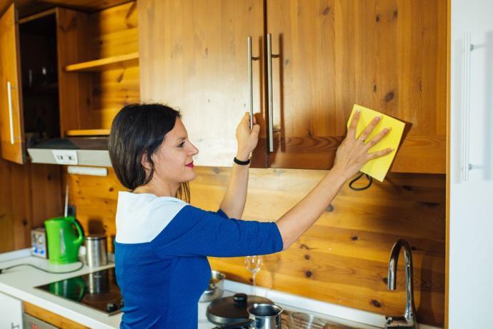 Mutfak Dolabı Temizliği: Temizlikte Çığır Açan Yöntemler!