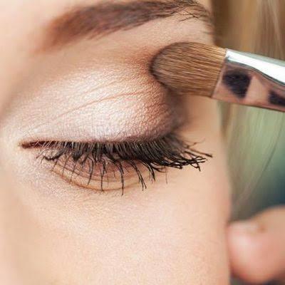 Corona Özel: Tıbbi Maskelerinize Çok Yakışacak Dumanlı Göz Makyajı!