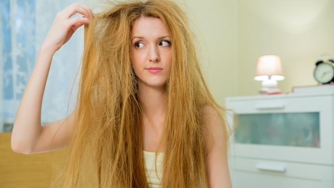 Saçlarımız İçin Günde Sadece 1 Dakikamız Olsa Asla Yapamayacağımız 6 Şey