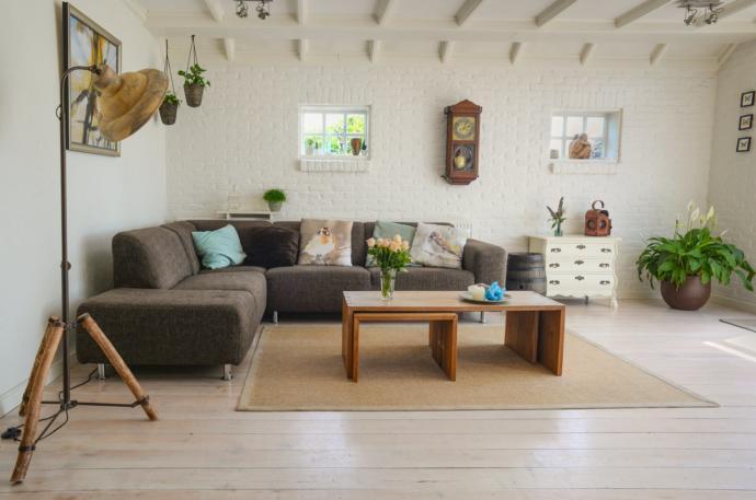 Oturma Odası Dekorasyonu Deyip Geçme! İşte Altın Öneriler