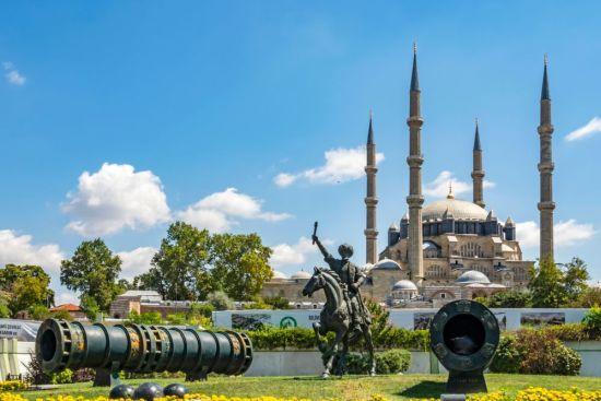 Edirnenin sembolü, Mimar Sinanın ustaık dönemi eseri Selimiye camii
