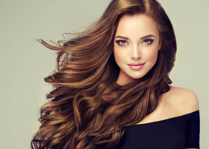 Uzun Saç Toplama Modelleri ile Her Gün Başka Görün!
