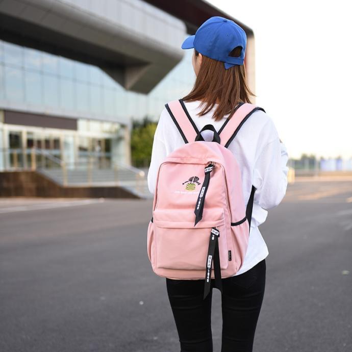 Okula Giderken Çantamızda Kesinlikle Bulunması Gerekenler!