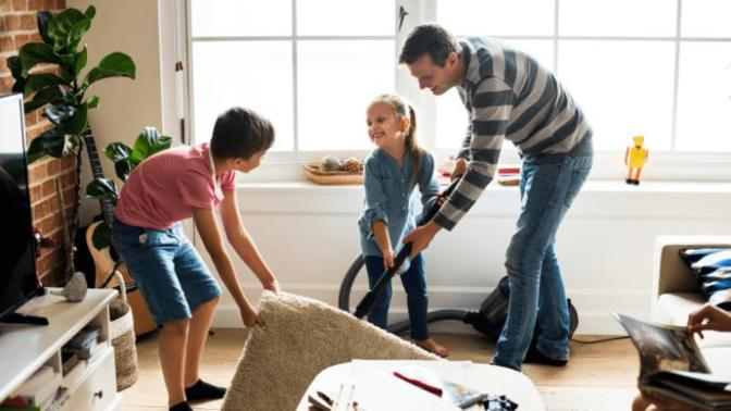 Genel Ev Temizliği Nasıl Yapılır? Süpürge Neydi? Süpürge Emekti, Bir Kova Su İyilikti!