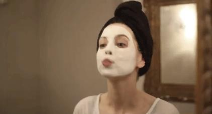 Korona Krizini Güzelliği İçin Fırsata Çevirmek İsteyen Kadınların Uygulayabileceği 4 Madde!