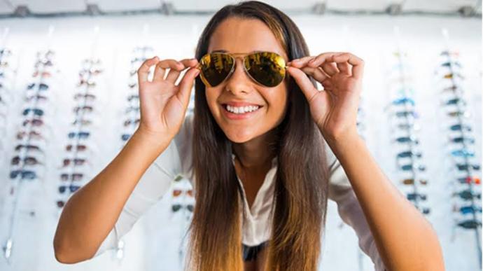 Favori 2020 Güneş Gözlüğünüze Karar Vermek İçin Tavsiyelere ve Modellere Göz Atmalısınız!