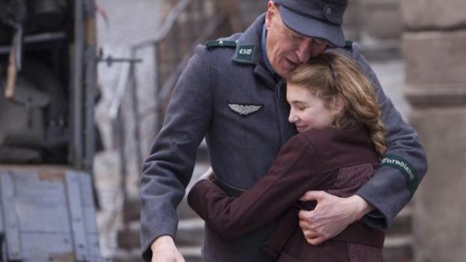 #EvdeKal'dığınız Şu Zamanda Mutlaka İzlemeniz Gereken 3 Nazi Filmi!