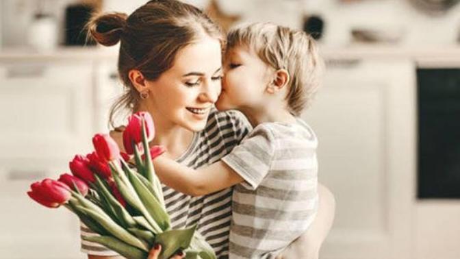 Milyonlarca Kelimeyi Anlatır, Dört Harfe Sığar: Anne!