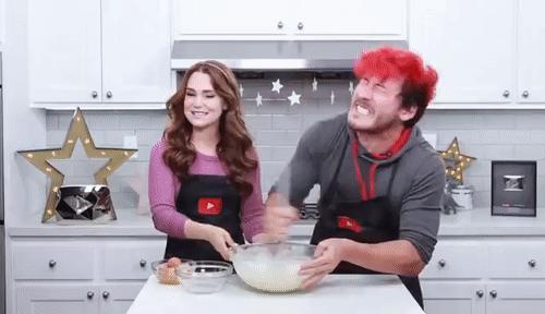 #EvdePastaYapıyoruz Herkesin Pasta Şefi Olacağı Tarifimle Mutfağı Renklendiriyoruz, Hadi Herkes Mutfağa!