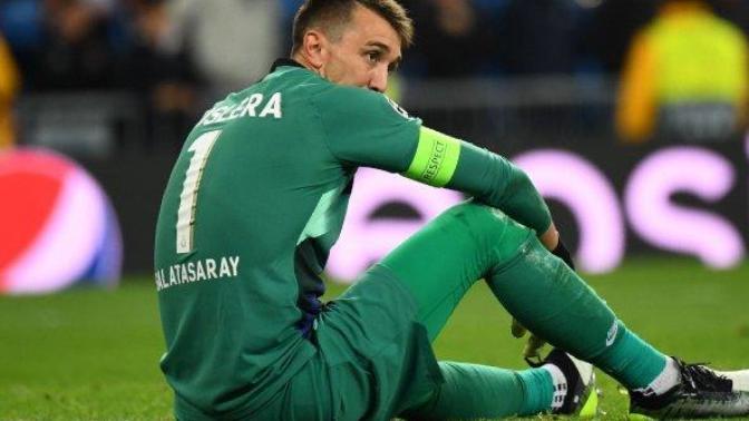 Fernando Muslera bugün oynanan Çaykur Rizespor - Galatasaray maçında sakatlanarak oyundan çıktı