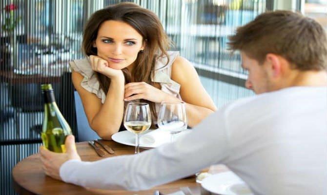 Kadınları Anlamak İstiyor Musun? O Halde Sözlere Değil Beden Diline Bak
