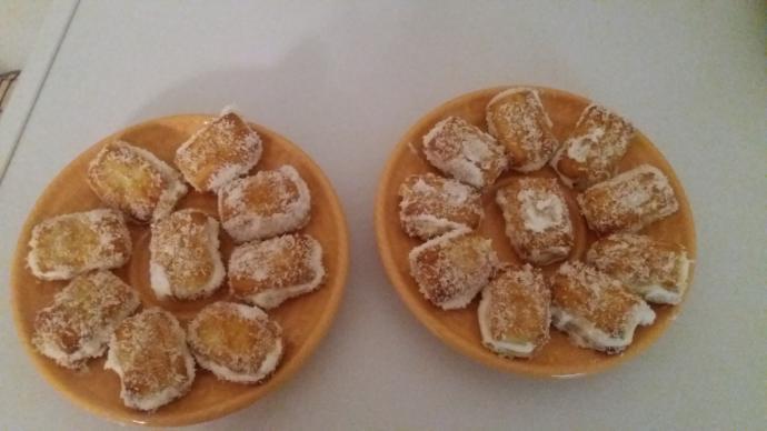Fırınsız 5 Dakikada Cicibebeli Krem Şantili Minik Pasta Kurabiyeler Nasıl Yapılır?