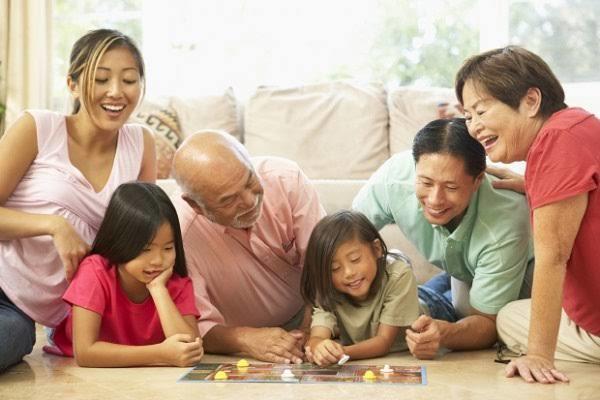 Ailemizde yaşadıklarımız bizde güven sorunlarına sebep olabiliyor.