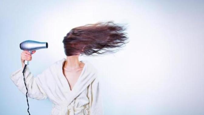 Saç Şekillendirme İçin Kullandığınız Aletlerin Kalitesine Önem Verin!