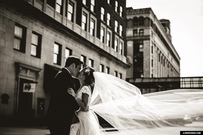 Kadınların Erkekleri Evliliğe İkna Etmek İçin Yaptıkları 5 Şey!