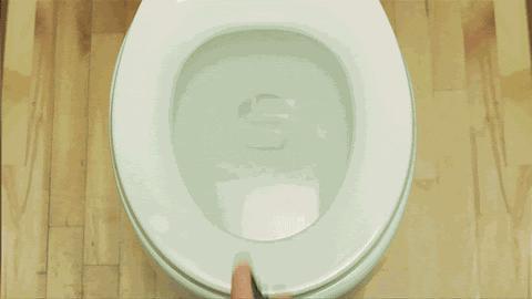 Banyodaki Kötü Kokulara Savaş Açanlar Buraya: Banyodaki Kötü Kokuların Hepsi Yok Olsun, Geri Gelmesin!