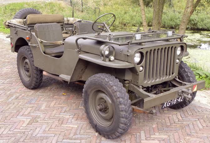 1938'de tasarlanan ilk Jeep arazi aracı