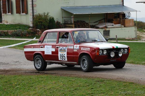 Rallilerde de kullanılan Fiat 124 Special