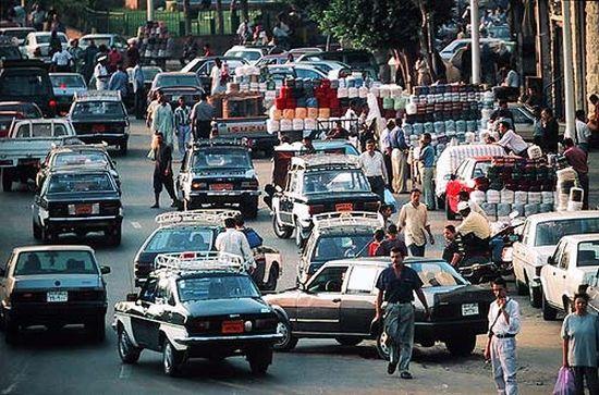 Kahire trafiğinde Doğan ve Hacı Muratlar