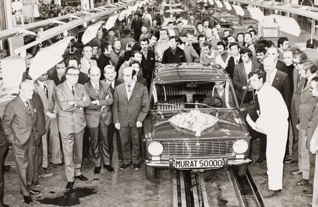 Vehbi KOÇ ve Rahmi KOÇ 50 bininci Murat 124 arabanın banttan çıkış töreninde