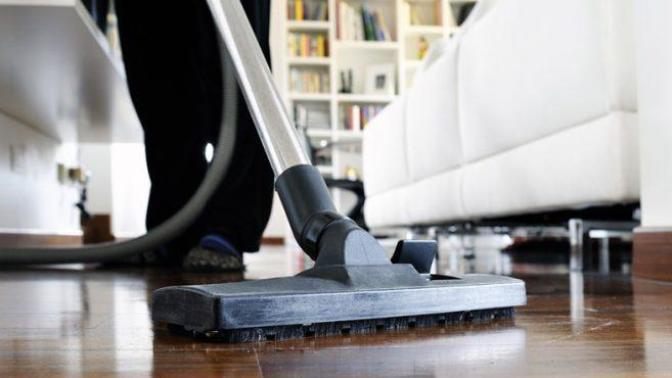 Evimizin Hamaratı Elektrik Süpürgesi Nasıl Temizlenir?