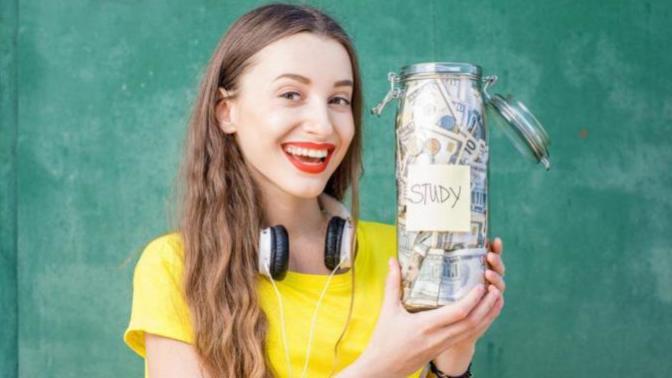 Öğrenciyken Para Biriktirmek Mümkün mü? Öğrenciler İçin Para Biriktirme Tavsiyeleri!