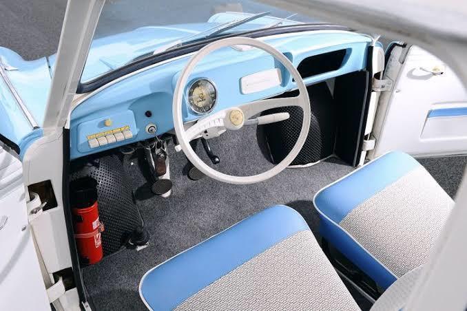 Trabantın iç kokpiti güzel bir tasarımdı