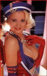 90ların Başına Gelmiş Erotik İçerikli Efsane Program: Tutti Frutti!