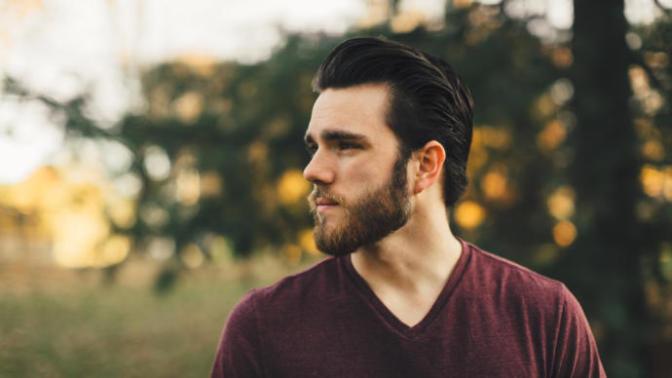 Sakallı Erkek Candır Gerisi Heyecandır! Sakallarınızı Gürleştirmeye Yarayacak Yöntemler