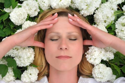 Baş Ağrısı ve Migren İçin Kullanılabilecek Aromatik Yağlar