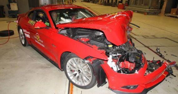 2015 Ford Mustang Euro Ncap testlerinde en kötü puan alan arabalardan biriydi