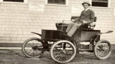 Robert Anderson'un 1832'de yaptığı elektrikli araba