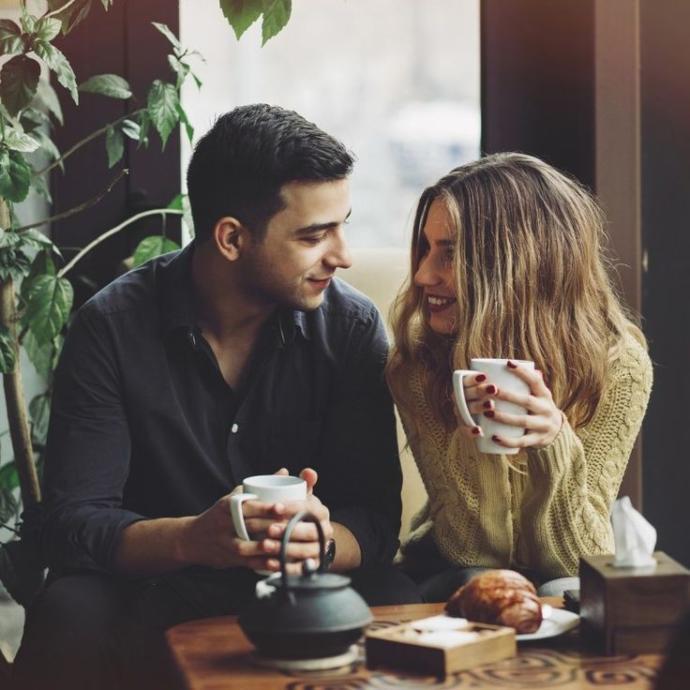 İlişkisinde Sevgi Arayanlar Toplanın: Bir İlişkiyi Sevgiyle Yürütmenin 7 Yönetimi